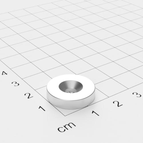 Neodym Scheibenmagnet mit Bohrung und Senkung, 18x4mm, 4.5mm Bohrung, vernickelt, Grade N40