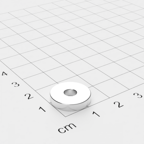Neodym Ringmagnet, 15x3mm mit 4,5mm Bohrung, vernickelt, Grade N45